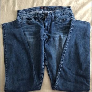 GUESS Low-rise Power Skinny Jeans